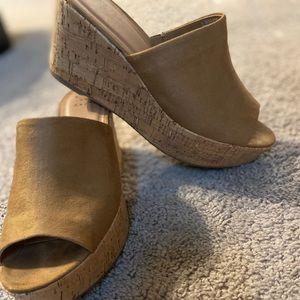 Tan suede sandals /corkscrew platforms Size 8